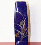 管理人の花器:紺角花瓶
